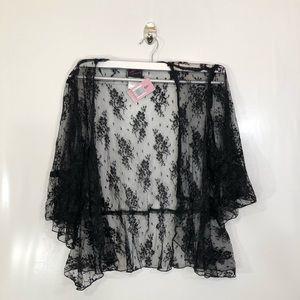 New Torrid Black Lace Shrug Size 1
